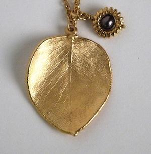 Gold-leaf-11-e1293448574911