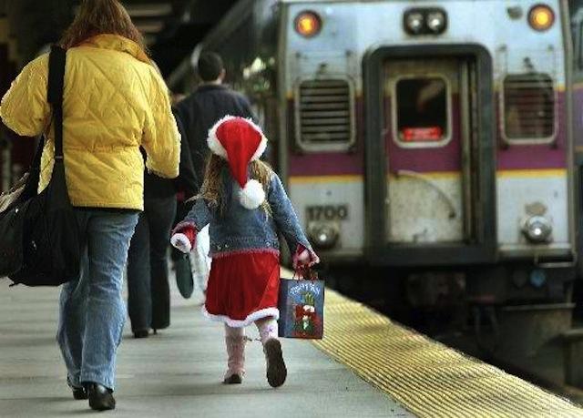 Christmas_Travel_MABOD101