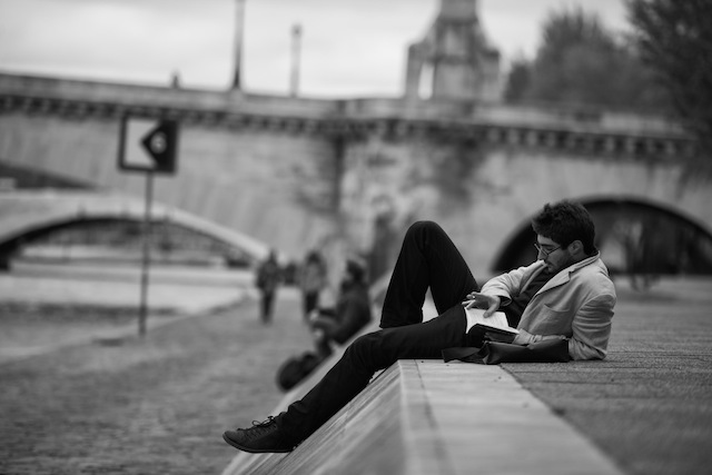 Reading-Paris-France