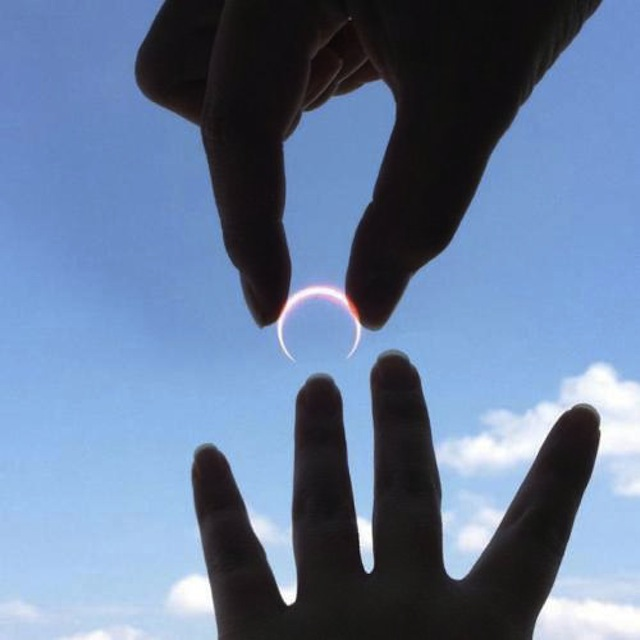 solar-eclipse-ring